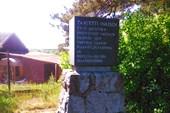 Памятник Тааветти Инкенену